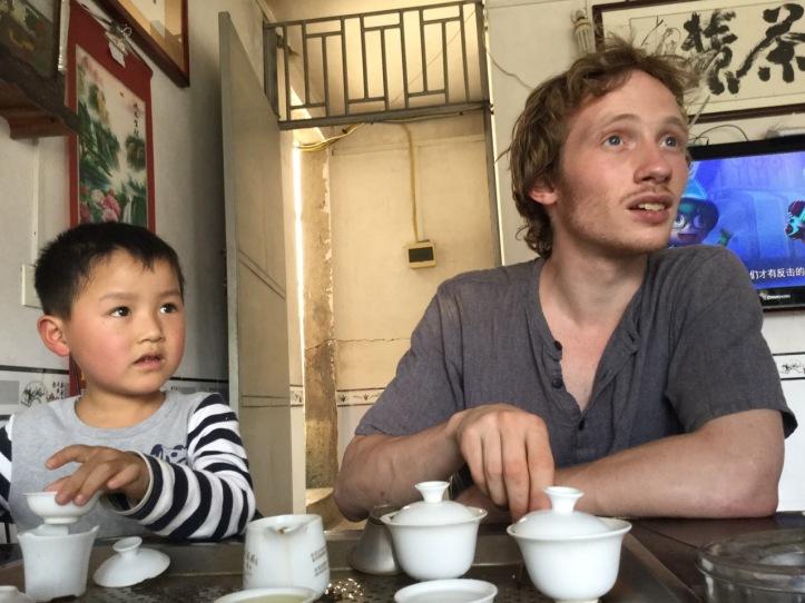 Dylan Conroy Gande Tie Guan Yin gong fu cha